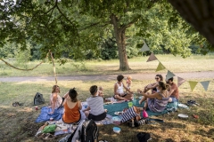 Picnic on the dragon meadow in the Wuhlheide